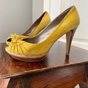 Moda Spana yellow snakeskin platform peep toe heel